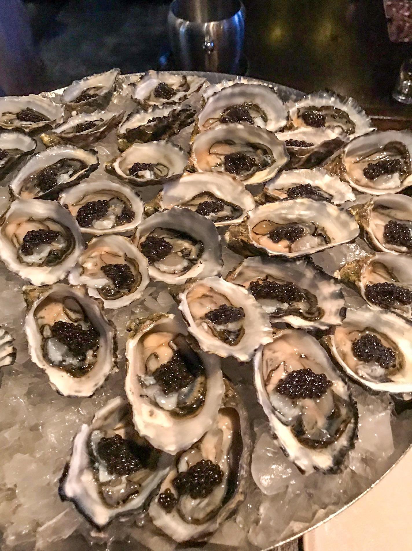 Australia & Giappone: Caviar Class & Special Dinner